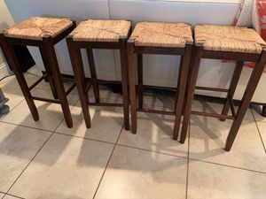 4 Counter height barstools for Sale in Pompano Beach, FL