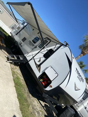 "2019 Tracer Breeze 35"" Travel Trailer for Sale in Miramar, FL"