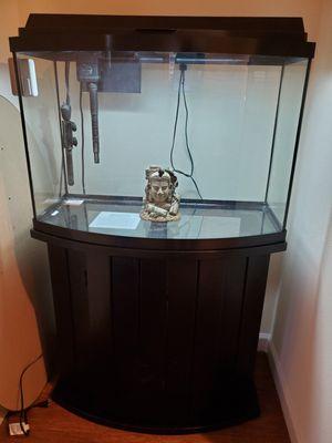 36 gallon bowfront aquarium for Sale in Snohomish, WA