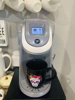 Keurig coffee machine for Sale in Orlando, FL