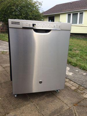 GE Dishwasher for Sale in Tacoma, WA