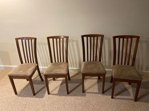 Set of 4 dining chairs| $55 -Cash Offers Only for Sale in Bowie, MD