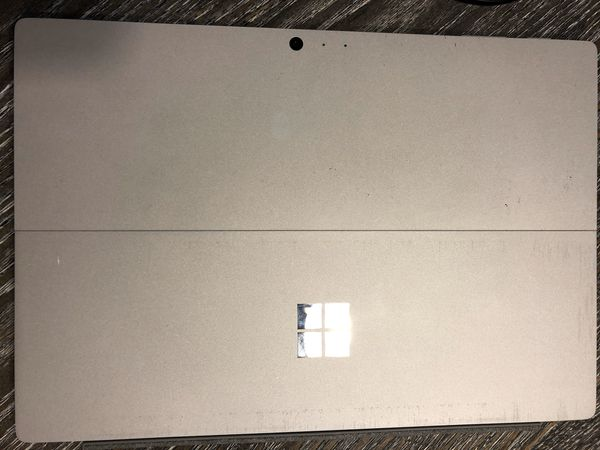 Microsoft Surface Pro 4 (For parts)