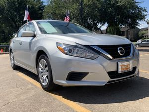 2017 Nissan Altima for Sale in Houston, TX