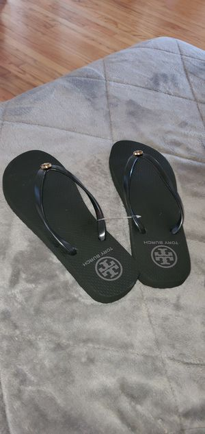 Tory Burch flip flops new size 7 for Sale in Willow Springs, IL