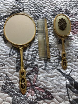 Antique hairbrush for Sale in Port St. Lucie, FL