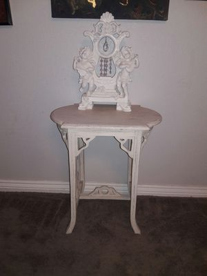 Antique table for Sale in Las Vegas, NV