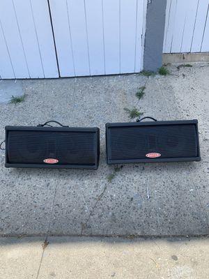 Esta bueno este par de bosinas amplificadas for Sale in Los Angeles, CA