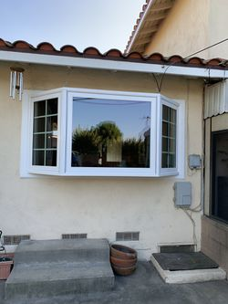 Cheyos class & Windows for Sale in Los Angeles,  CA