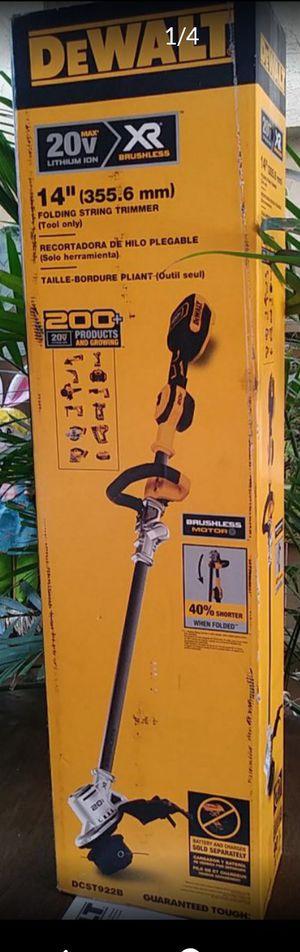 "DeWalt string trimmer 14"" brushless 20 volt for Sale in San Bernardino, CA"