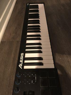 Alesia v49 midi keyboard for Sale in Atlanta, GA