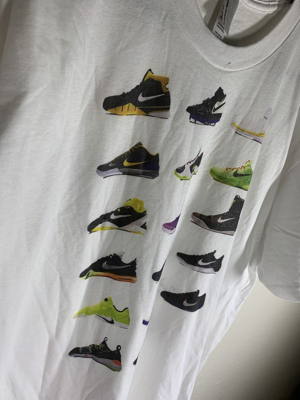 T Shirts for sell Vintage/ Cool graphic. Hmu check out my IG : DTownFlipper