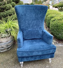 Beautiful Z-Gallery Blue Velvet Highback/ Wingback Nailhead Trim Modern Accent Chair (LIKE NEW) for Sale in Renton,  WA