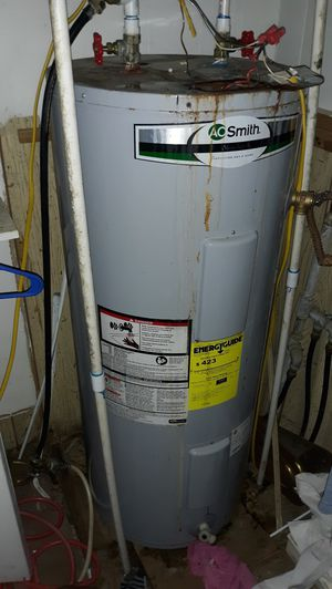 Hot Water Heater for Sale in Raywood, TX