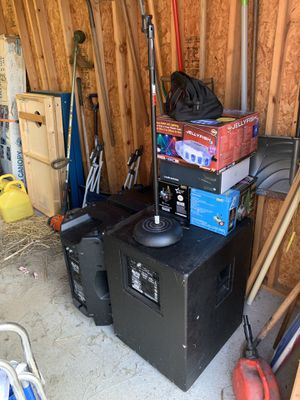 DJ equipment for Sale in West Newton, PA