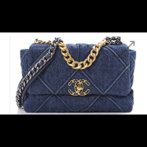 Chanel 19 Denim Bag Medium for Sale in New York, NY