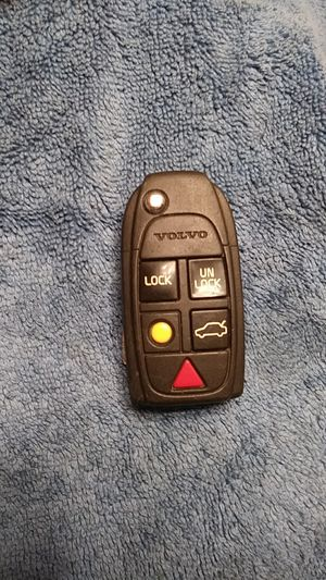 Volvo key fob for Sale in Pomona, CA