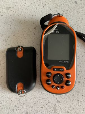 DeLorme Earthmate PN-40 Color Handheld GPS - Doesn't turn on for Sale in Phoenix, AZ