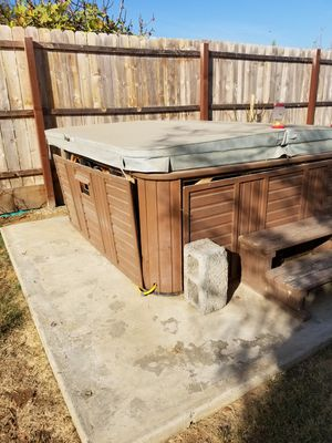 Hot tub for Sale in Lindsay, CA