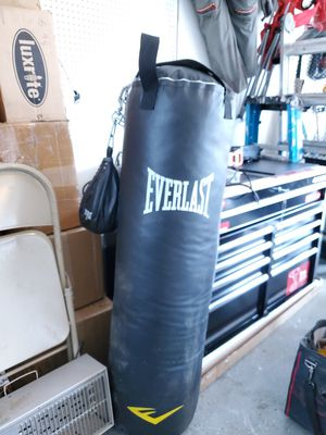 Punching bag with small bag for Sale in Parlin, NJ