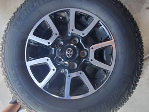 NEW MICHELIN P 275/65 R18 w/ NEW 2020 TOYOTA TUNDRA RIMS for Sale in Chandler, AZ