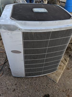 2001 Carrier 4 Ton AC Condenser straight cool Fully Charged with R22 refrigerant for Sale in Tempe, AZ