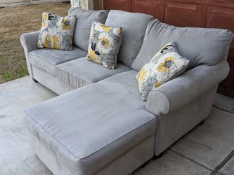 Sectional (WILL DELIVER) for Sale in Hutto,  TX