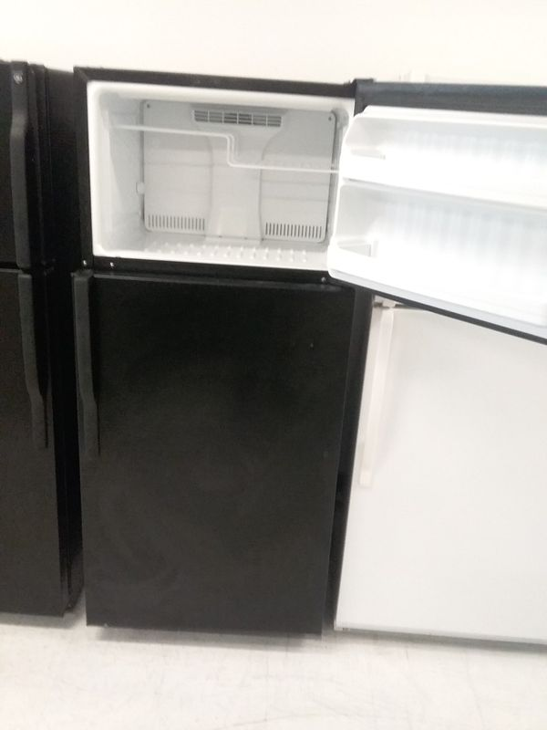 Ge top and bottom refrigerator used good condition 90days warranty