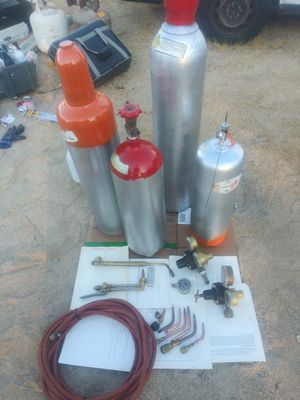 Lot of welding tools to settling tanks and two oxygen tanks full plus tools for Sale in Pearblossom, CA
