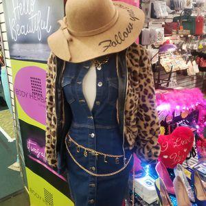 Cheetah Print Fuex Fur Leather Trim Coat for Sale in Elkridge, MD