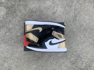 Air Jordan 1 Retro Gold Toe Size 9 VNDS PADS for Sale in Raleigh, NC