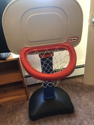 Little tikes hoop for Sale in Bangor, ME
