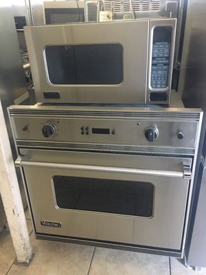 Viking single oven and microwave for Sale in Phoenix, AZ