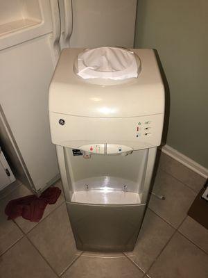 Water dispenser for Sale in Newport News, VA