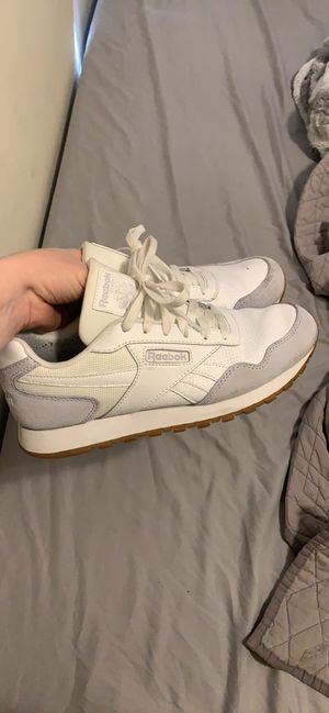 8.5 women's Reebok for Sale in San Francisco, CA