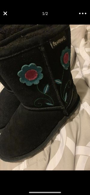 Bearpaws boots size 13 girls size for Sale in NV, US