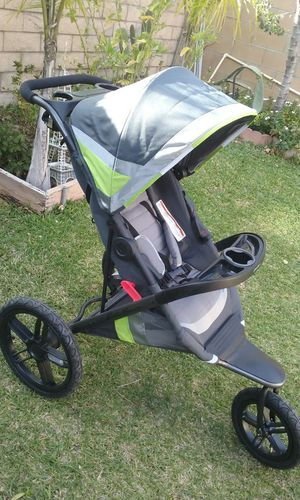 Eddie Bauer lightweight jogging stroller new price is firm no lowballers please for Sale in Fontana, CA