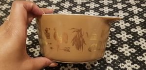 Vintage Pyrex for Sale in Fountain Hills, AZ