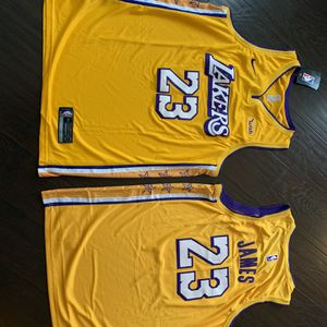 Los Angeles Lakers Lebron James Jersey for Sale in Pico Rivera, CA