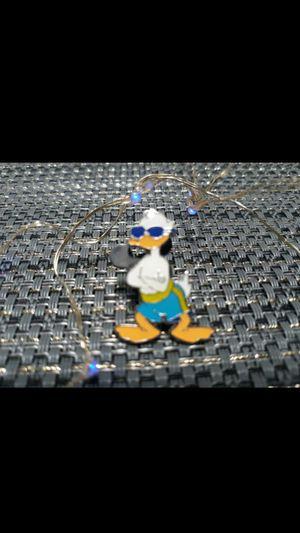 Disney trading pin Donald duck sunglasses and shorts pin for Disneyland landyard for Sale in Glendale, AZ