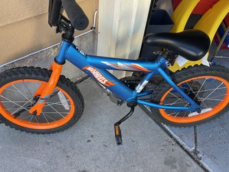 Hot Wheels Bike for Sale in Peyton,  CO