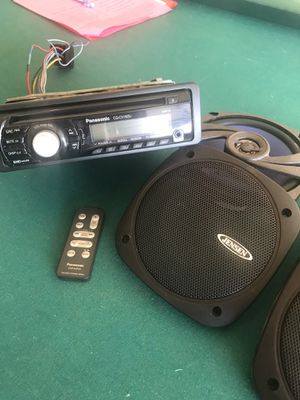 I have 2 Panasonic CD players 1 with a remote both are more and usb with Aux plugs and I have 2 speakers 5 1/4 Jensen 135watt asking 60$ for every t for Sale in Del Valle, TX