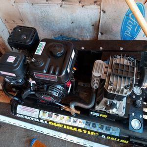 New Air Compressor Only Used One Time for Sale in York, PA