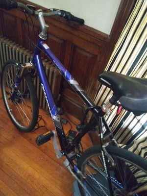Diamondback wildwood bike for Sale in Boston, MA