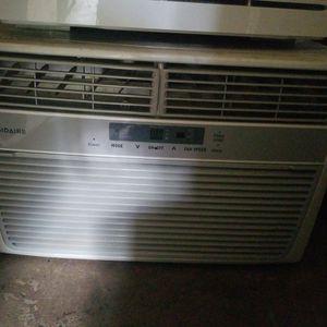 Frigidaire AC 8,000 BTU for Sale in Oroville, CA
