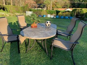 Outdoor patio set (tropitone)/ like new/ ready to enjoy for Sale in Stone Mountain, GA