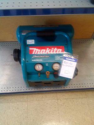 Makita air compressor for Sale in Jonesboro, GA