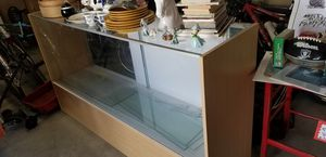 Display Case,with adjustable glass shelves for Sale in Apple Valley, CA