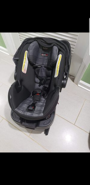 britax car seat with base for Sale in Manassas, VA