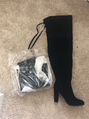 Brand new high-knee boots black size 9 1/2 for Sale in Orlando, FL